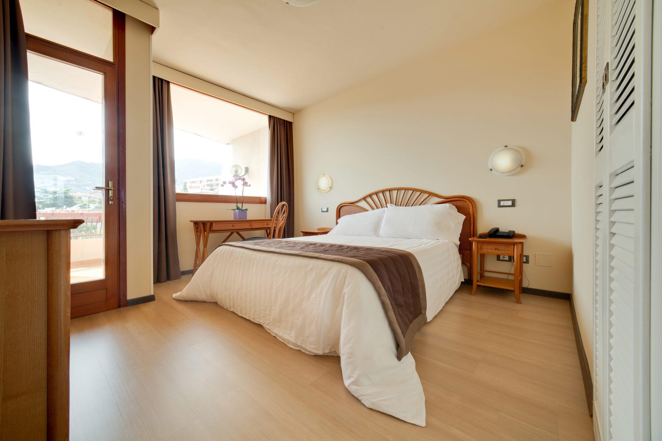 Nyala-Suite-Hotel-Camera-Folk